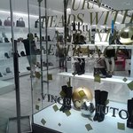 Vince Camuto Store