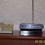 The 70's called & they want there clock radio back.