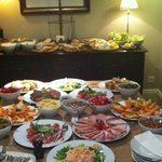 Christmas Day Pantry Buffet: Amazing!!!