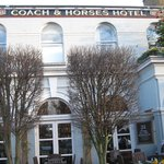 The Coach and Horses resmi