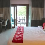 Deluxe room with Mekong view and balcony