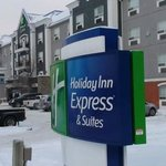 صورة فوتوغرافية لـ ‪Holiday Inn Express Hotel & Suites Calgary South‬