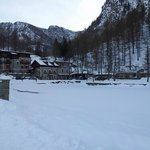Photo de Albergo Lago Laux