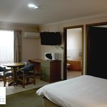 Golden Square Motor Inn Foto