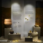 Gold & Pots from the Wilsford Burials