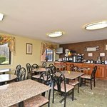 Photo de BEST WESTERN Princeton Manor Inn & Suites