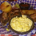 Two meat combo with jalapeno Mac n cheese