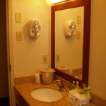 Photo de Holiday Inn Express Lancaster-Rockvale Outlets