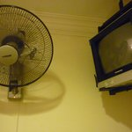 fan & old style tv