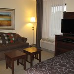 South Bend, IN Staybridge Suites -- Sitting Area