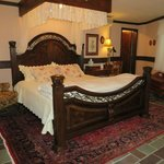 Foto van Stone Chalet Bed & Breakfast Inn