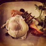 Salmon with poached egg and asparagus