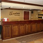 Foto New Victorian Inn & Suites