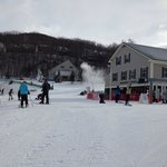 ภาพถ่ายของ Village Center/Mountainside Condos at Jiminy Peak