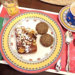 breakfast - blueberry French toast and sausage patties
