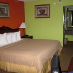 Foto de Americas Best Value Inn & Suites - Lafayette North/I-10