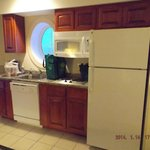 King Jacuzzi Suite Kitchenette