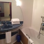 Φωτογραφία: Suite Novotel Paris Saint Denis Stade