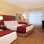 Foto van Courtyard by Marriott Dallas Market Center