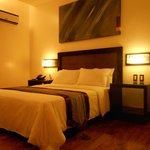 Century Hotel Angeles City resmi