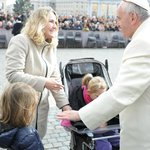 My daughters, Pope Francis and I. <3