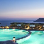 Photo de Royal Myconian Resort & Thalasso Spa Center