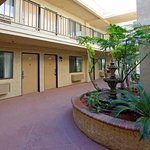 Bilde fra Americas Best Value Laguna Inn & Suites