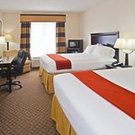 Foto van Holiday Inn Express Hotel & Suites Bartow