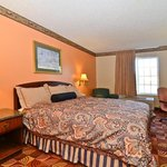 Foto van Americas Best Value Inn & Suites-Lake of the Ozarks