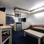 Americas Best Value Inn / Racineの写真
