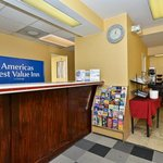Americas Best Value Inn - Downtown / Midtown Foto