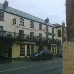 The Wellington Hotel Howden