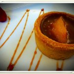 Restaurant l'Authentic à Toulon , croquant poire caramel