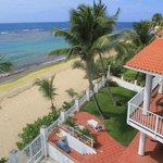 Villa Tropical Oceanfront Apartments on Shacks Beach