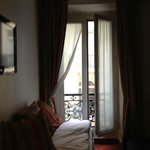 Photo de Hotel Elysees 8