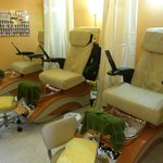 Human Touch Spa Pedicure Chairs