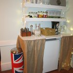 Refreshment nook with British influence