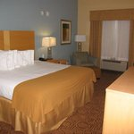 Photo de Holiday Inn Express Suites Wolfforth