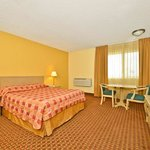 Foto de Americas Best Value Inn Kettleman City