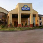 Days Inn & Suites Tyler