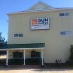 Sun Suites of Louisville resmi