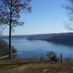 Foto van Dale Hollow Lake State Resort (Mary Ray Oaken Lodge)