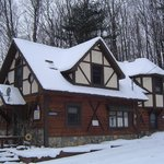 Tannenbaum  Chalet  ( sleeps 6-10 )    Lodge # 1