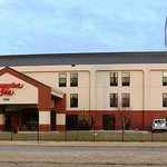 Hampton Inn Hutchinson (1401 One Half E 11TH )