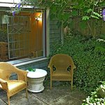 Φωτογραφία: A Suite @ Kitsilano Cottage