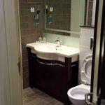 HIX Crewe - Bathroom