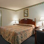 Photo de Americas Best Value Inn - Anderson