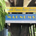 Magnums Bar, Arlie Beach