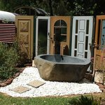 Carriage outdoor bath