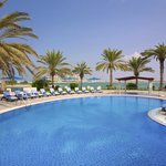 Al Hamra Fort Hotel And Beach R